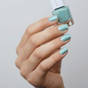 KIA-CHARLOTTA Veganski Lak za nokte,Trend Collection HEALING Light Metallic Turquoise