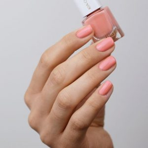KIA-CHARLOTTA Veganski Lak za nokte,Trend Collection WELL-BEING Coral Peach