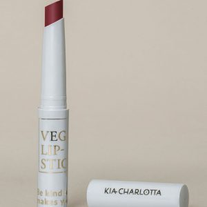 Kia-Charlotta 100 % Prirodni Veganski Ruž za Usne, Game Changer ( Deep Cherry Red)